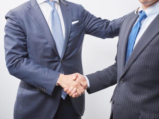 握手するイメージ