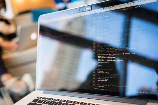 Ruby on Railsをプログラミングするイメージ