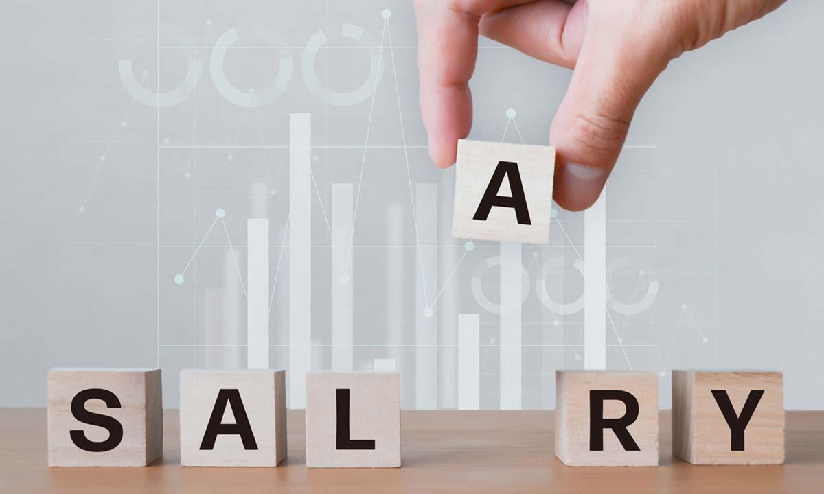 専門職と管理職どちらのほうが年収は高くなるのか?